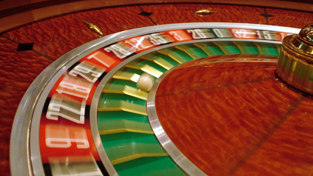 dealers can't control spinning roulette wheel